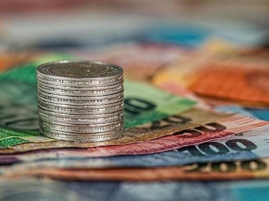 В Кирове сотрудника банка осудят за коммерческий подкуп