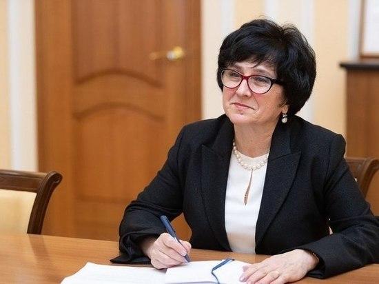 Главврач Псковской поликлиники и Ведерников обсудили помощь пожилым людям на дому