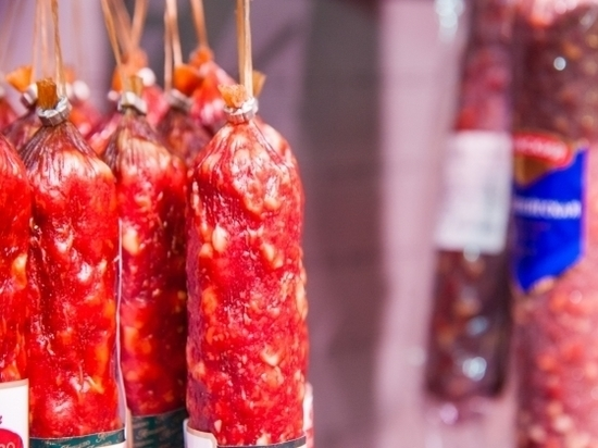 Сахар, гриль, сосиски: ученые назвали еду, которая провоцирует рак