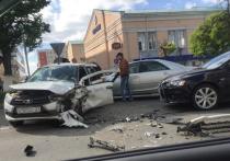 Ребенок и двое взрослых пострадали в массовом ДТП в Чебоксарах