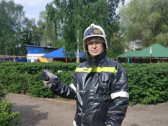 Из-за агрессии ворон, защищавших птенца, в детсад Ульяновска вызвали спасателей