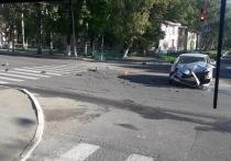 В Саранске иномарка врезалась в автобус
