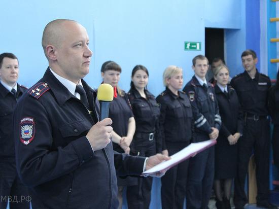 Полицейский спецназ пришел в уральскую школу