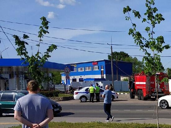 Половину трупа перебросило через забор: подробности взрыва на АЗС в Серпухове