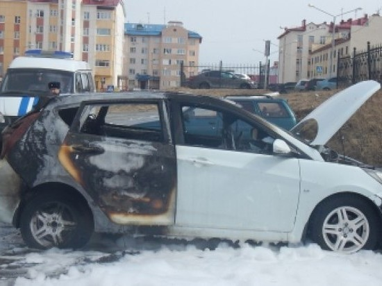 Салехардец из ревности заставил знакомого сжечь авто подруги