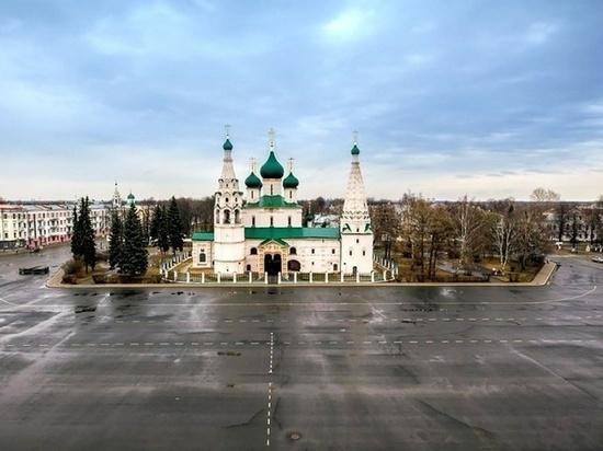 В Ярославле в храме Ильи Пророка начались церковные службы