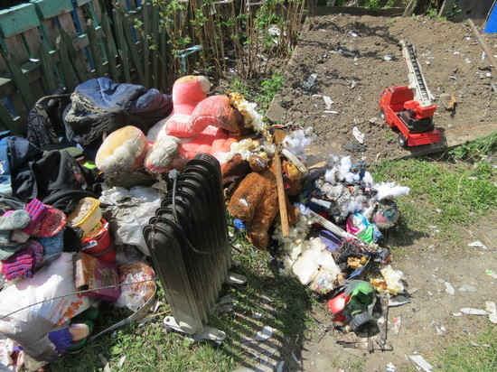 Десять барнаульских семей остались без жилья из-за пожара