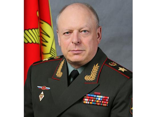 Редакция «МК» поздравляет генерала армии Олега Салюкова