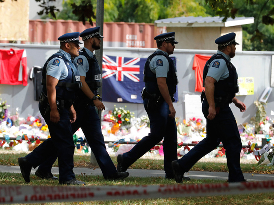 Устроившего бойню в мечетях «новозеландского стрелка» обвинили в терроризме