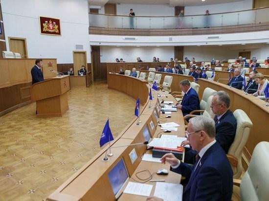 Депутаты Заксобрания одобрили отчет губернатора Куйвашева