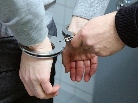 В Удмуртии осудили мужчину, склонившего подростков к употреблению наркотиков