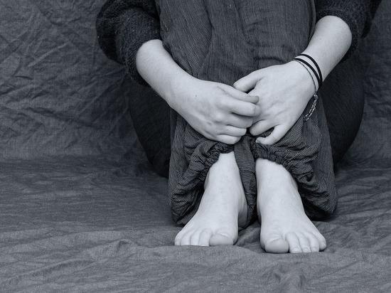 Жительницу Карелии привлекли к уголовной ответственности за жестокое избиение сына