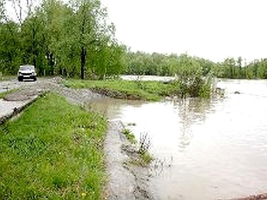 В Нанайском районе Хабаровского края подтопило дороги