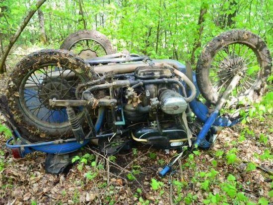 Пожилой мотоциклист из Башкирии погиб, опрокинувшись в кювет