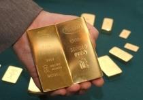 """Британские СМИ обеспокоены рекордными закупками золота Россией: """"плохой знак"""""""