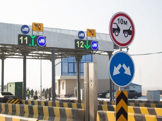 Появление платных трасс в Казахстане приводит к уничтожению прилегающих дорог