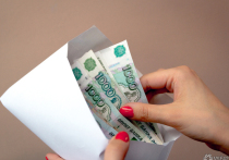 Преподаватель новокузнецкого вуза получил более ста взяток