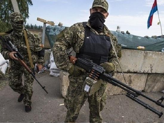 Ополченцы в Донбассе захватили грузовик с украинскими военными