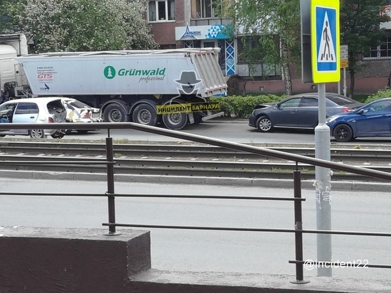 Барнаул: 3-летний ребенок пострадал в ДТП