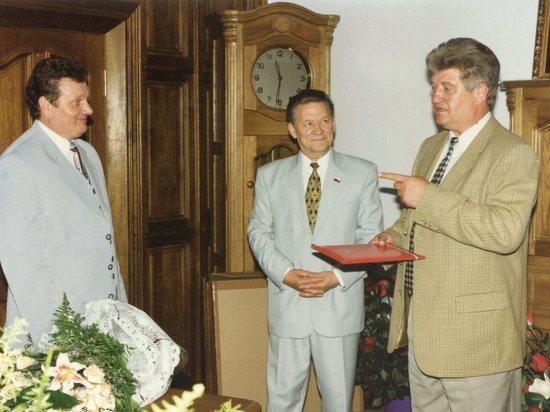 Накануне юбилея экс-градоначальник поделился воспоминаниями с читателями «МК в Воронеже»