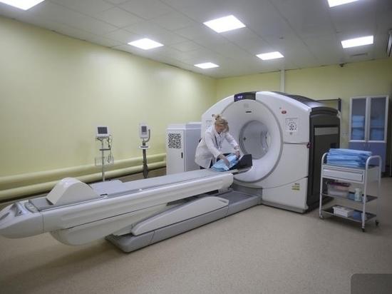 Губернатору показали ПЭТ/КТ-сканер для борьбы с онкологией