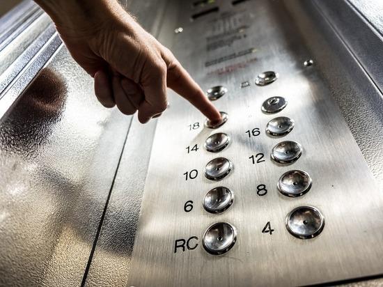 В Москве появился маньяк- «лифтер», который охотится на маленьких девочек