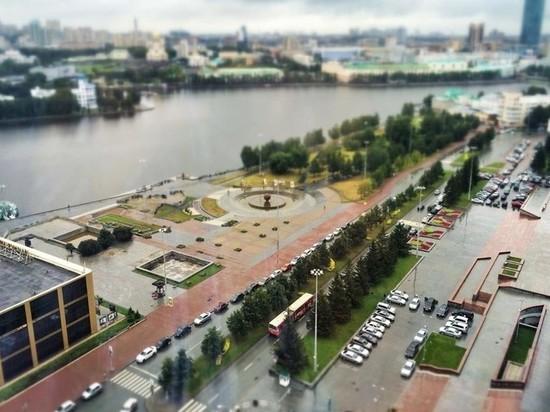 Свердловский губернатор исключил строительство храма в сквере