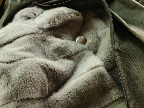 В Prada анонсировали отказ от натурального меха с 2020 года