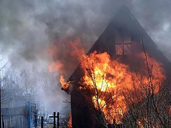 В Ирбейском районе отец погиб, пытаясь спасти сына из огня