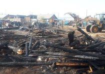 В Бурятии у четверых соседей сгорели постройки и автомобиль
