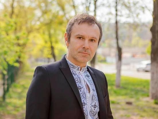 """Вакарчук назвал """"безответственным"""" предложение Зеленского о референдуме по переговорам с Россией"""