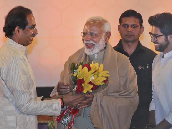 Индийское политическое кино: на выборах победила партия премьера Нарендры Моди