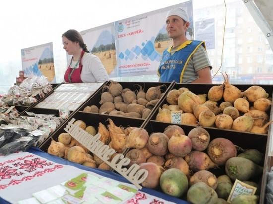 Москвичей удивили цены на псковские продукты