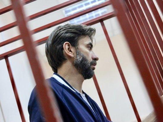 Адвокат Абызова уточнил, что наркотики нашли в соседней квартире