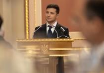 Опрос отправил Зеленского в отставку: пойдет ли Конституционный суд против президента