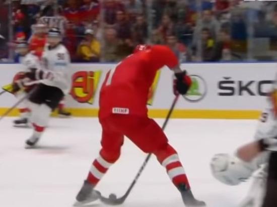 Сборная России после первого периода матча с США ведет 2:0