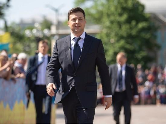 Просто шутка: Зеленский решил проигнорировать петицию о своей отставке
