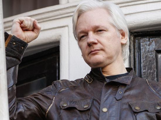 17 новых обвинений выдвинул в отношении Ассанжа Минюст США