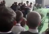 ВМарий Элвыпускник школы ударилдепутата-единоросса