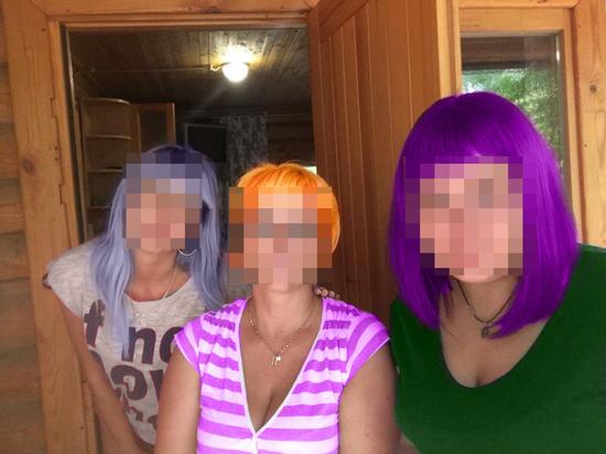 Аферистки из Волгограда «продали» фотографии за 39 миллионов рублей