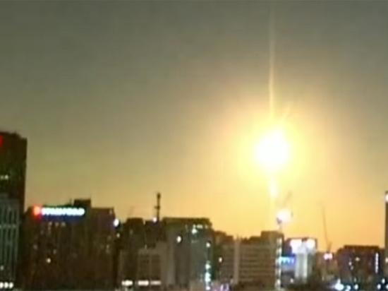 Метеорит размером с автомобиль взорвался над Австралией: опубликовано видео