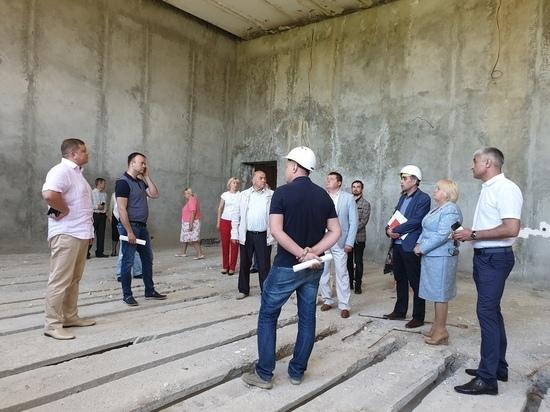 Школу в Зеленогорье реконструируют к сентябрю - Кабанов