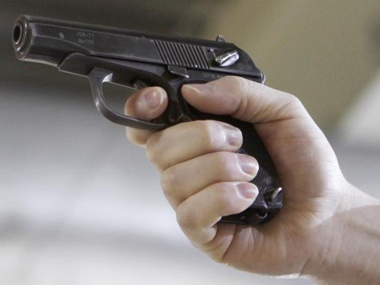 Школьник выстрелил в подругу на северо-западе Москвы