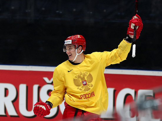 Фетисов призвал не праздновать победу сборной России по хоккею раньше времени