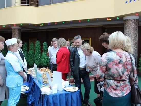 Вопросы школьного питания обсуждают в Ярославле