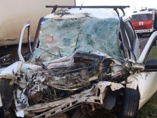В Удмуртии при столкновении автомобилей погибли 2 человека