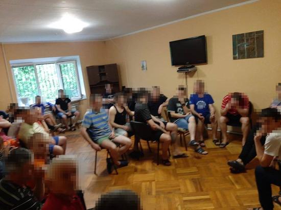 """На Украине нашли неучтенные """"тюрьмы"""""""
