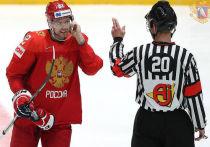 В полуфинале чемпионата мира по хоккею играют Россия - Финляндия