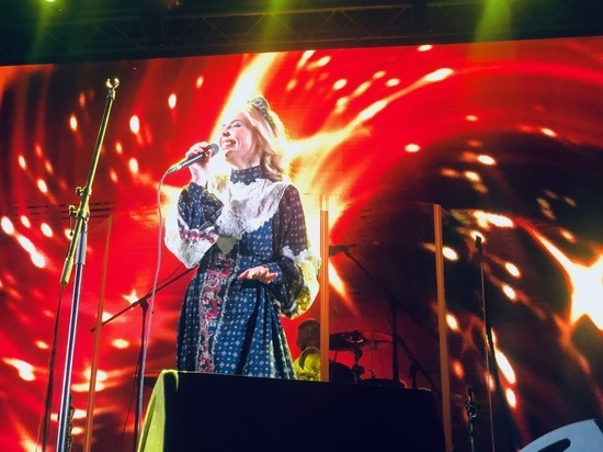 Пелагея в Железноводске собрала на площади несколько тысяч зрителей