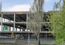 В Кемерове возобновили стройку на месте заброшенного ТЦ